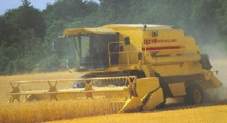 Combine harvester NEW HOLLAND TF 42 - TF 46