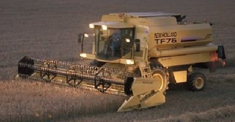 Combine harvester NEW HOLLAND TF 76 - TF 78